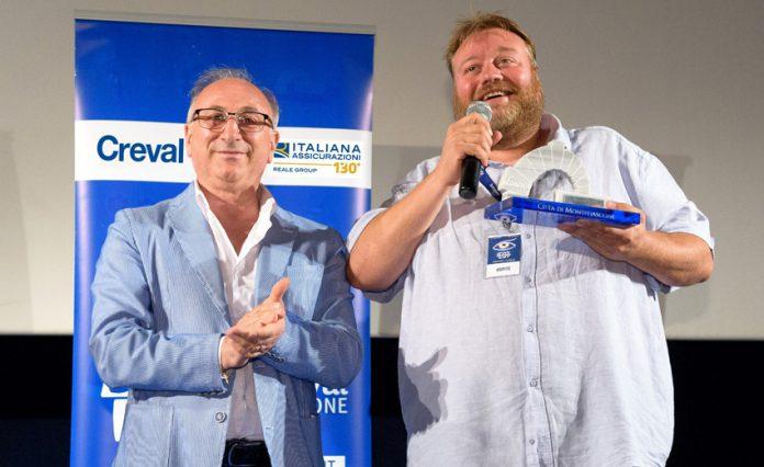 Stefano Fresi riceve l'Arco di Platino di Est Film Festival