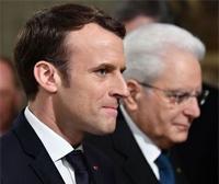 ROMA: Si cercano uomini che somigliano a Mattarella o a Macron (Serie TV)